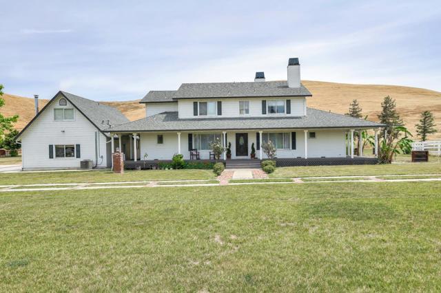 5595 Diablo Hills Road, Outside Area (Inside Ca), CA 95075