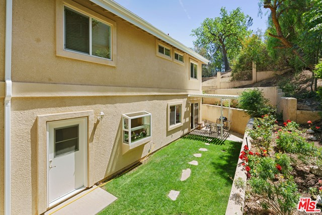 30. 3110 Foothill Drive Thousand Oaks, CA 91361