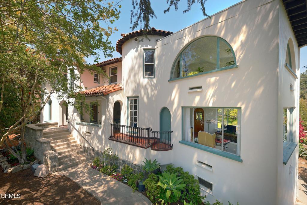 332 Canyon Boulevard Monrovia, CA 91016