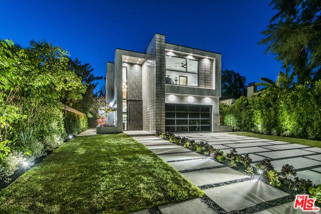 11241 BLIX Street, North Hollywood, CA 91602