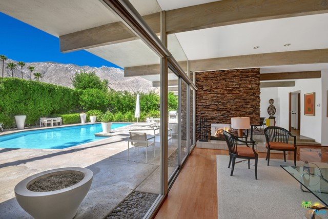 255 N Via Las Palmas, Palm Springs, CA 92262