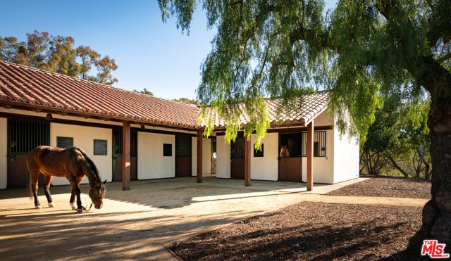 17 Crest Road, Rolling Hills, California 90274, 5 Bedrooms Bedrooms, ,2 BathroomsBathrooms,For Sale,Crest,20667008