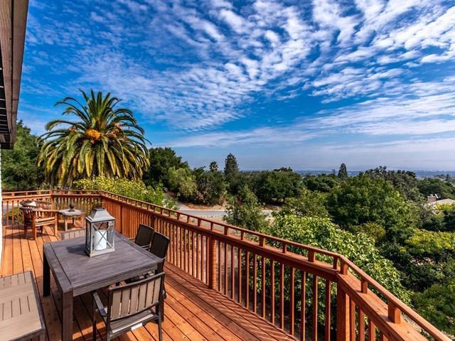 26920 Almaden Court, Los Altos Hills, CA 94022