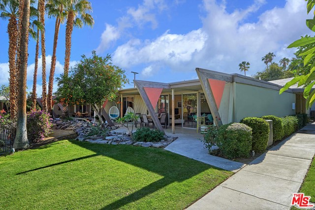 249 E Twin Palms Dr, Palm Springs, CA 92264