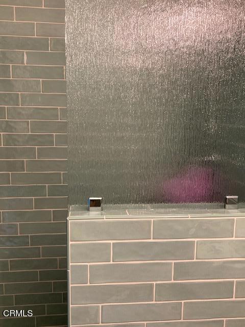 amherst master shower door