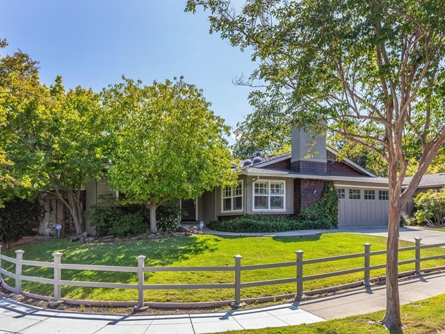 101 Forest Hill Drive, Los Gatos, CA 95032