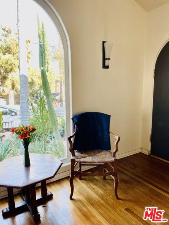 5709 Ensign Avenue, North Hollywood CA: https://media.crmls.org/mediaz/ADB6788D-7B0A-4309-BFF3-66500EAB0DB9.jpg