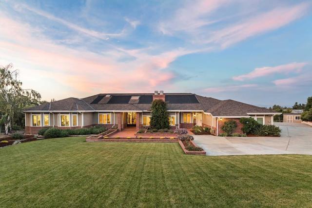 24595 Voorhees Drive, Los Altos Hills, CA 94022