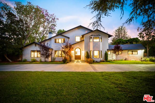 Photo of 23100 Erwin Street, Woodland Hills, CA 91367