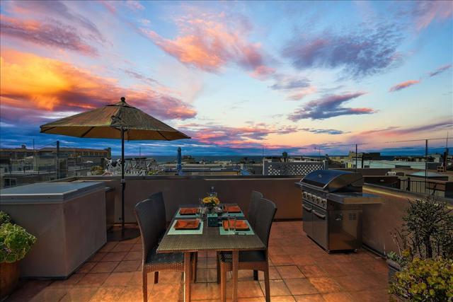 Evenings of relaxing rooftop views