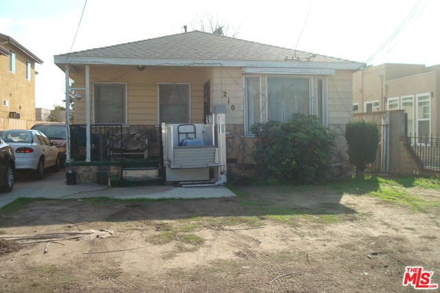 210 W 105TH Street, Los Angeles, CA 90003