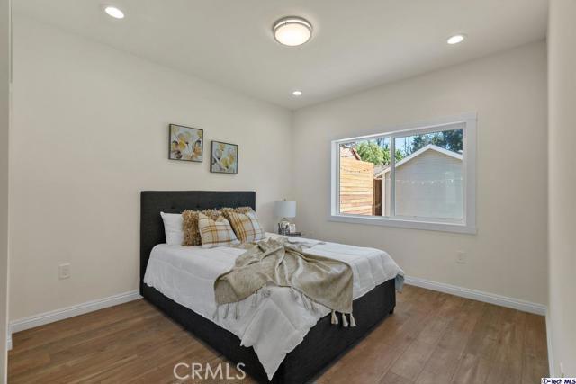 23. 11101 Sarah Street North Hollywood, CA 91602