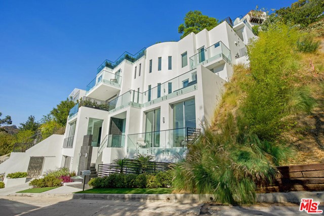 9459 Beverly Crest Dr, Beverly Hills, CA 90210 Photo