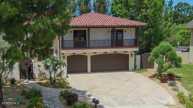 312 Lake Court, Simi Valley, CA 93065