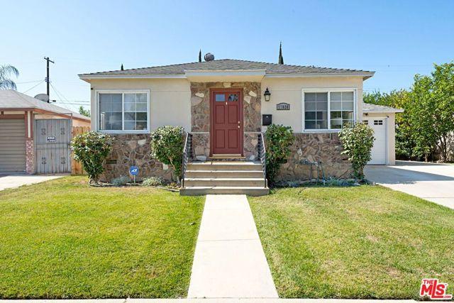 2. 17820 Collins Street Encino, CA 91316