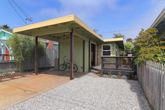 328 34th Avenue Santa Cruz, CA 95062