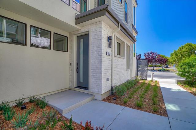 2900 Sanor Pl. Building 2, 111, Santa Clara, CA 95051