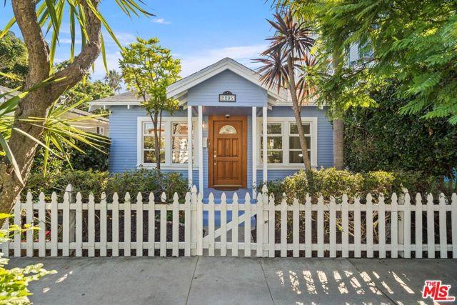 2205 Ocean Avenue, Venice, CA 90291