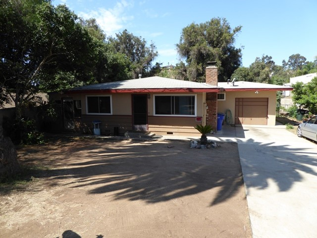 128 ROLLINS WAY, Vista, CA 92083