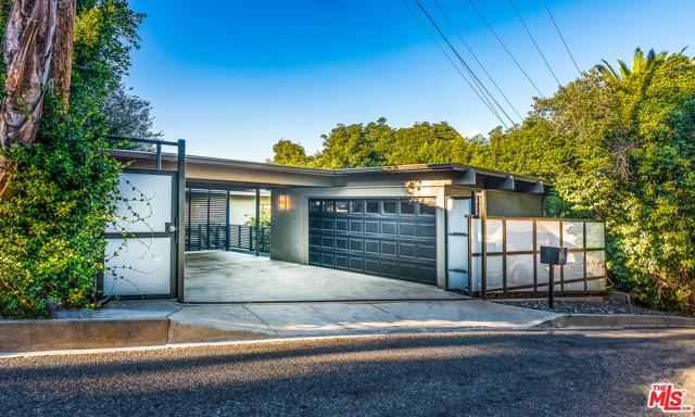 11331 BRILL Drive, Studio City, CA 91604