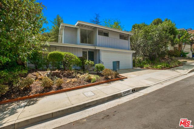 17088 ESCALON Drive, Encino, CA 91436