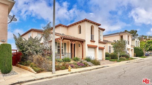 49. 685 Milford Street Los Angeles, CA 90042