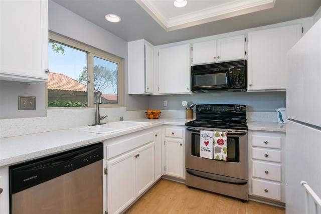 2805 New Castle Way, Carlsbad, CA 92010