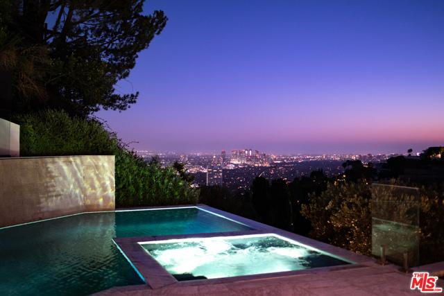 1706 N Doheny Drive, Los Angeles, CA 90069