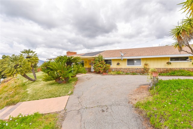 10945 Old Oak Hollar, Valley Center, CA 92082