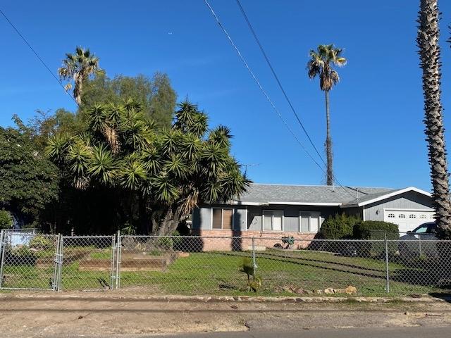 8218 Golden Ave, Lemon Grove, CA 91945