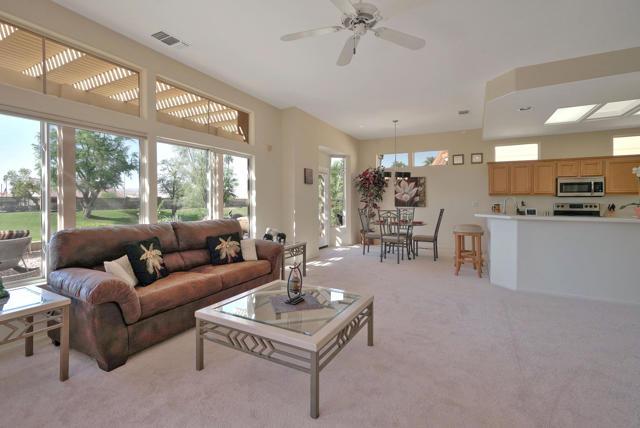 38085 Grand Oaks Ave, Palm Desert, CA 92211