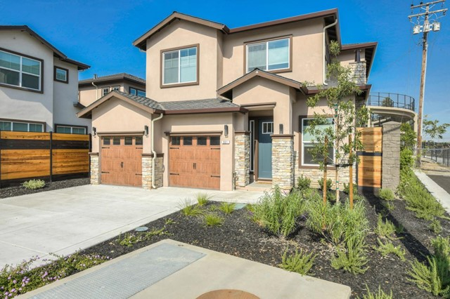 921 Warburton Avenue, Santa Clara, CA 95050