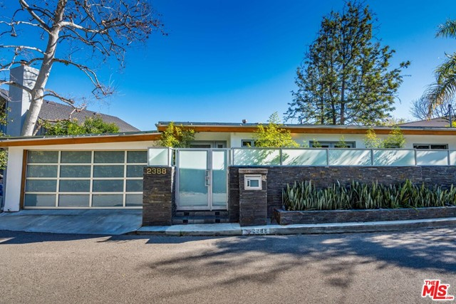 Gorgeous and Modern! Tri-Level home featuring 4 bedrooms, 5.5 baths and a gym! Gym could also be a 5th bedroom. 2 car attached garage. Quiet and lovely street with parking. Property comes fully furnished if needed and washer/dryer included.