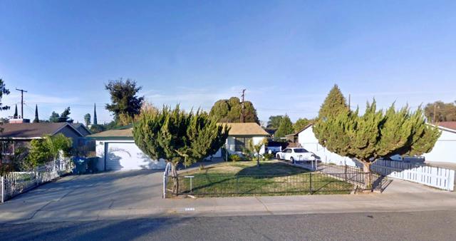 622 Sequoia Avenue, Visalia, CA 93292