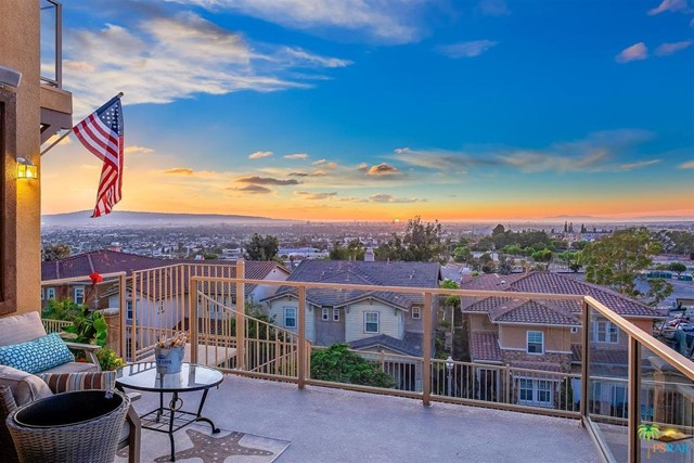 2110 Sea Ridge Drive, Signal Hill, CA 90755