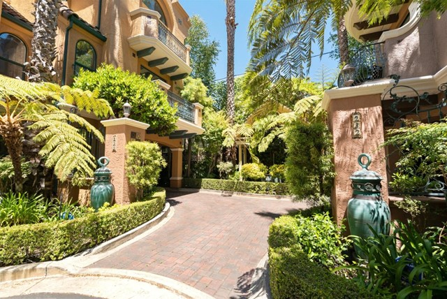 2. 233 Villa Mar Santa Cruz, CA 95060