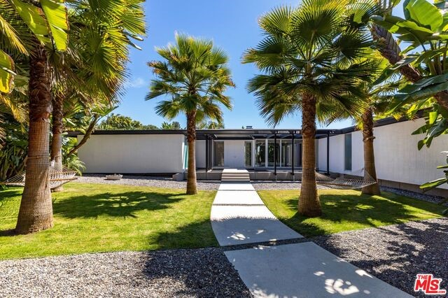 1120 MAYTOR Place, Beverly Hills, CA 90210