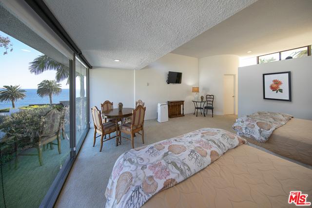 Image 19 of 1086 Channel Dr, Santa Barbara, CA 93108