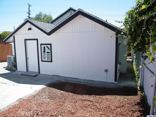 12. 10600 Mountair Avenue Tujunga, CA 91042