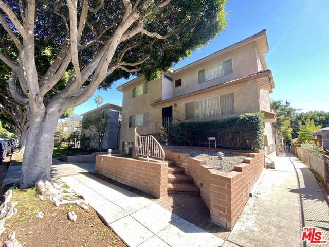 GRANT TOUR OF THE VACANT FRONT HOUSE - TUESDAY, OCTOBER 12th at 12pm.                                       We are proud to present this impressive 6-unit apartment building located in Prime Ocean Park, Santa Monica. This unique property boasts a desirable unit mix consisting of an incredibly impressive three-bedroom front house and (5) two-bedroom units. There are four upgraded units in the property, which includes the front house. The Vacant Front House is about 3,000 SqFt and is a three-story townhouse with an expansive 4 car garage, large basement den, and a private roof top deck with sunset views. The front house is fully upgraded with flooring, kitchen, bathrooms, and brand new windows. There are in-unit washer/dryer hookups, and an upper-level laundry chute. Please do not disturb the tenants. All showings will be subject to an accepted offer.