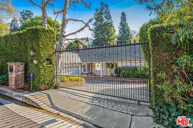 11236 CANTON Drive, Studio City, CA 91604