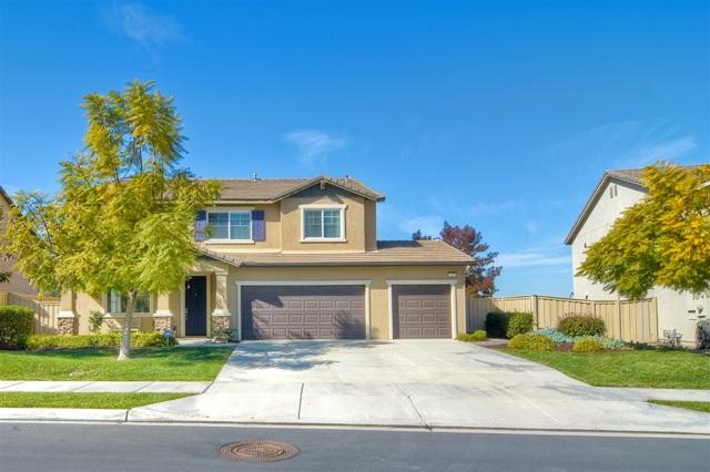 1209 Stratton Drive, Vista, CA 92083