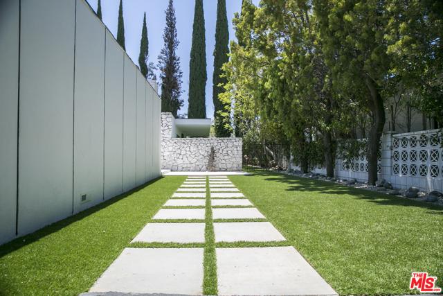 Photo of 1423 Devlin Drive, Los Angeles, CA 90069