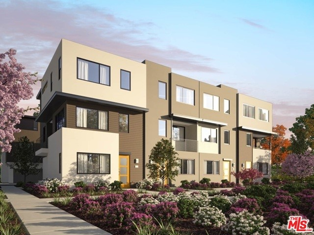18451 W Calico, Northridge, CA 91324