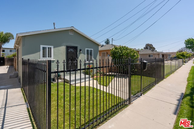 10816 S BURL Avenue, Inglewood, CA 90304