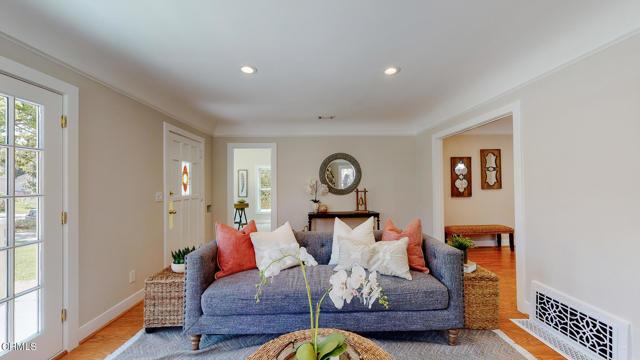 7. 3223 Grandeur Avenue Altadena, CA 91001