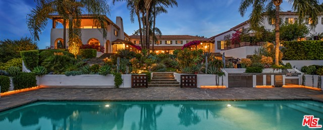 Photo of 9402 Beverly Crest Drive, Beverly Hills, CA 90210