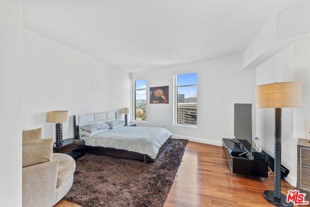 1 Century Drive, Los Angeles, California 90067, 3 Bedrooms Bedrooms, ,3 BathroomsBathrooms,Condominium,For Sale,Century,20660912