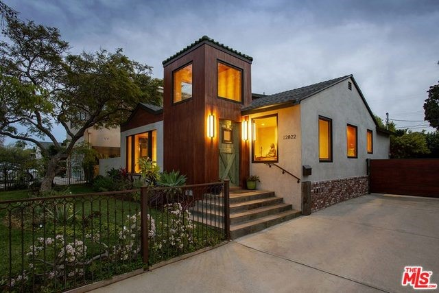 12822 STANWOOD Drive, Los Angeles, CA 90066