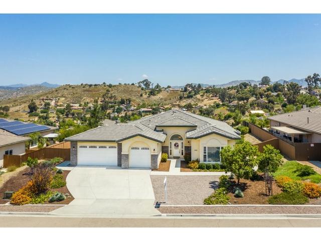 8848 Diamondback, Santee, CA 92071
